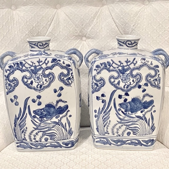Vintage Chinoiserie Double handled Vases *620*